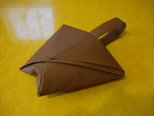 Origami mishloach manot for kids with video bible belt balabusta origami cup with handle on flat sides sciox Gallery
