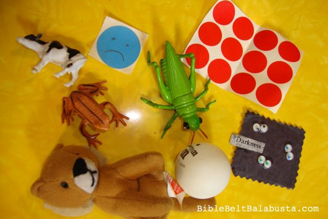 Diy passover plagues toys bible belt balabusta for Passover crafts for sunday school