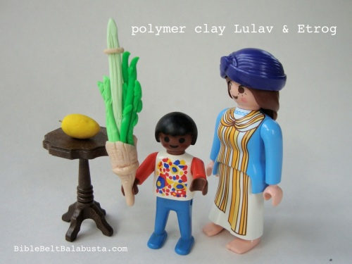 lulav lesson with Playmobil folk